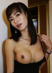 24yo busty Thai ladyboy Poy sucks off a big white tourist cock