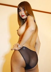 26yo big tits Thai newhalf May with braces sucks off white tourists cock