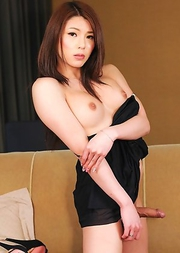 Making her third appearance on the site today, 20-year old Nagoya babe Yuria Misaki is back and treats to a splendid show of self satisfaction.
